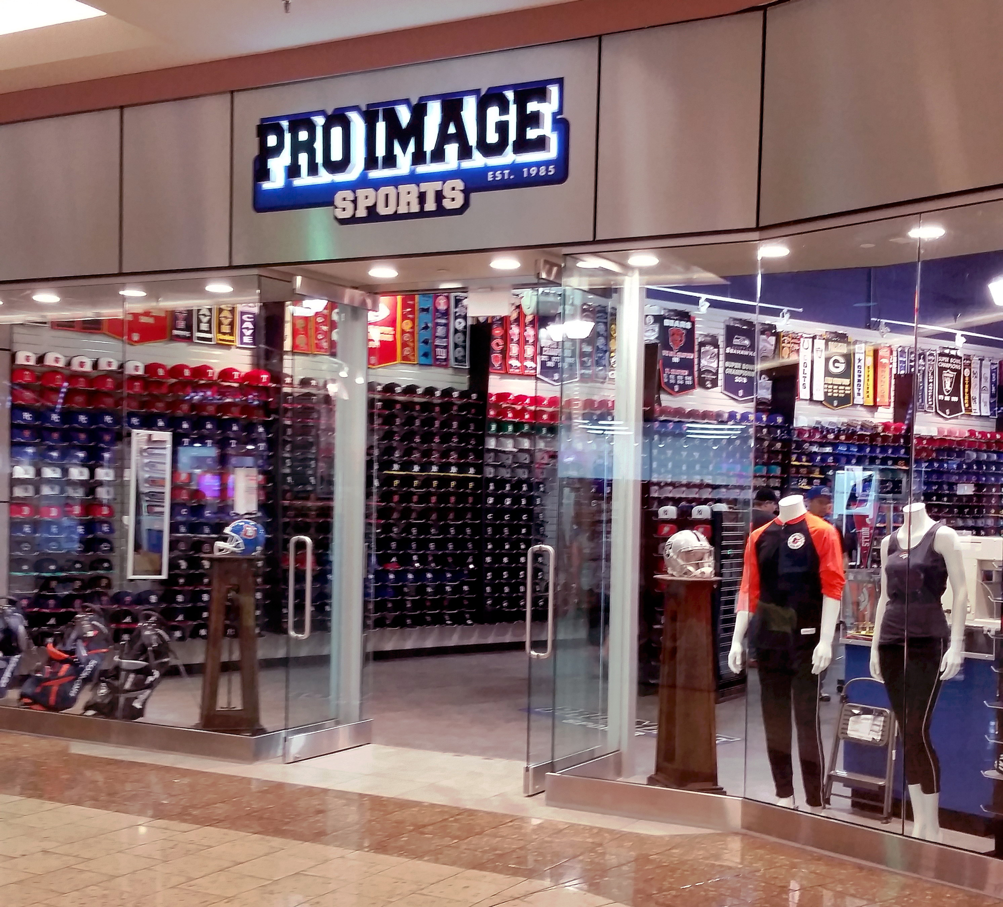 Pro image mesa mall ford construction for Motor city quick lube